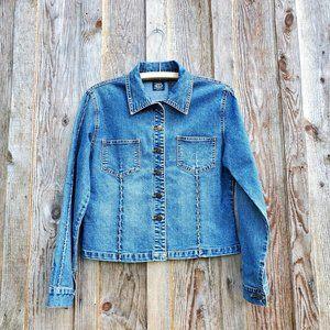 Cropped Vintage Boho Western Denim Jean Jacket Medium Wash Buttons Front